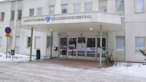 Huvudingången till Näse hälsovårdscentral.
