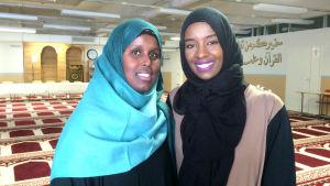 Najmo Abdirahman och Khadar Ahmed ordnar ett arbetsseminarie för unga invandrare.