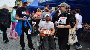 Också rullstolsburna personer kan delta i Fight Back Run.