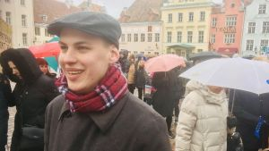 Gaspar Shabad är en av organisatörerna till en demonstration mot de estniska regeringsförhandlingarna.