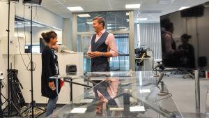 Kuvassa Riina Malhotra ja Tommy Fränti.