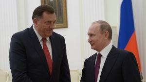 Republika Srpskas president Milorad Dodik på besök hos Rysslands president Vlaqdimir Putin i Kreml i Moskva.