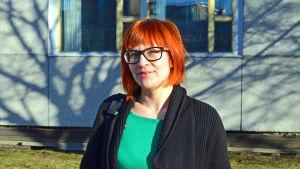 Annika Niskanen, konstnär och koordinator för Konstlinjen, HST:s jubileumsårsprogram