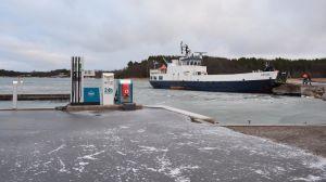 m/s Satava trafikerar längs Iniörutten.