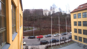 Utsikt mot tomten Fänriksgatan 4 och 6 där ett höghus får byggas.