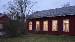 Restaurangbygganden på Örö.