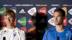 Markku Kanerva och Tim Sparv vid pressträff i U21-EM 2009.