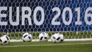 EM-2016 spelas med 24 lag i Frankrike.