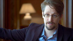 Edward Snowden i hotellrum i Moskva,.Edward Snowden / foEdward Snowden i ett hotellrum i Moskva / April 2019, Moskva