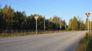 Trafikljus vid nya brandstationen i Karis.