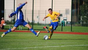 Jonas Kinnunen gör 2-0 för FC HIK
