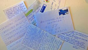 Aristoteleen kantapään saamaa postia