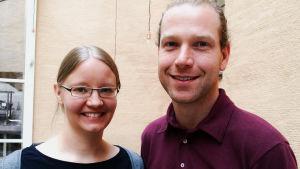 Hanna riska och pieter claes på svenska litteratursällskapet.