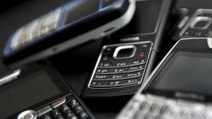 Nokiamobil bland andra mobiler
