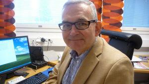 Thomas Öhman, rektor i Korsholms gymnasium