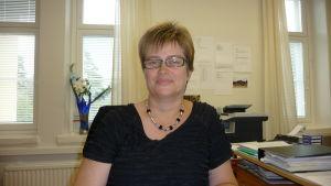 Annica Riddar, chef för asylmottagningen i Kristinestad.