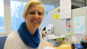 Annika Honkakangas på Anvia i Vasa föreläser om datasäkerhetsfrågor