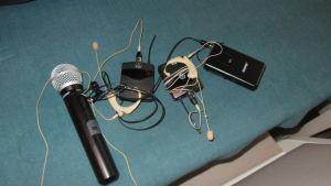 Trådlösa mikrofoner som måste förnyas