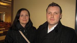 Ann-Christine Friberg och Per Björkman från Raseborgs juniorhandelskammare