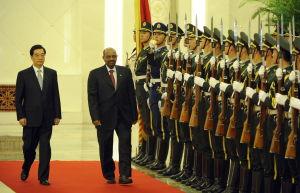 al Bashir med Hu Jintao