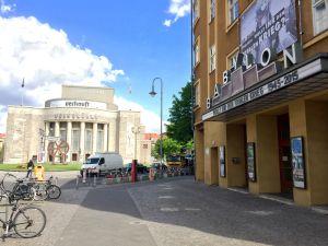 Rosa-Luxemburg-Platz, Berliini
