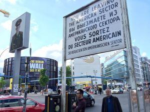 Checkpoint Charlie, Berliini