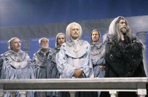 Leif Wagfer (roolinimi Elrond) ja Vesa Vierikko (roolinimi Gandalf).