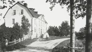 Kommendanthuset i Lovisa. Bilden tagen 1908