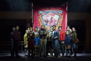 HKT:n Billy Elliot -musikaali. Kaivoslakkolaisten marssi.