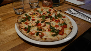 Pizza Salmone på Pjazza