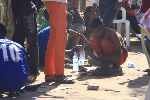 pojke putsar skor i hargeisa somaliland