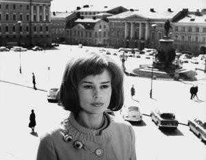 Harriet Andersson elokuvassa Täällä alkaa seikkailu (1965).