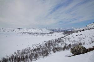 Talvinen tunturimaisema Kilpisjärvellä.