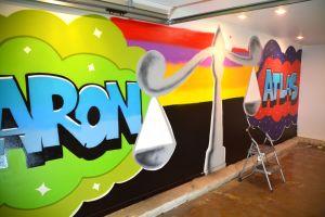 Graffiti på väggen hemma hos Patrik Sarinko