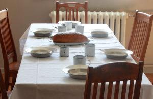 Dukat bord i Lappvikens sjukhus matsal.