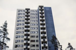 Kerrostaloja Koivukylässä Vantaalla (1980)
