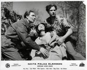Toivo Mäkelä, Mirja Mane ja Helge Herala elokuvassa Noita palaa elämään (1952).