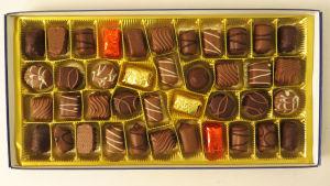 Piasten Classic -suklaakonvehtirasia avattuna