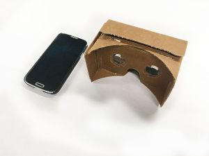 """Tarvitset älypuhelimen ja 360-asteista kamerakuvaa tukevat """"lasit""""."""