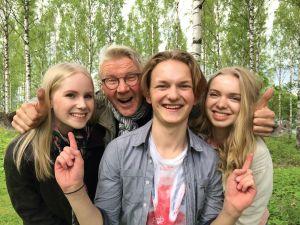 Kuvassa Fanni Suomi, Pirkka-Pekka Petelius, Atte Reunanen ja Lotta Lehtikevari.