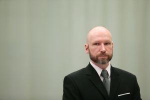 Anders Behring Breivik oikeudessa.