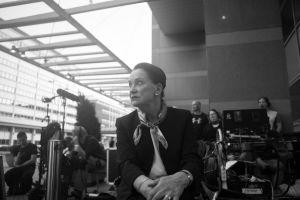 Rea Mauranen Presidentti-sarjan kuvauksissa.