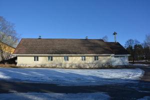 Stallbyggnad vid Svidja slott.