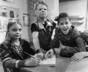 Tarkkis-sarjassa Anu (Janika Asplund), Janne (Sami Laine) ja Tommi (Pasi Pitkäaho) 1987.