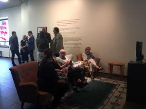 Kuopion taidemuseon Oi maamme! -näyttely.
