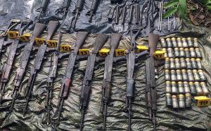 Farc-gerillan lämnar in sina vapen i Colombia.