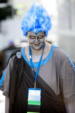En person utklädd till Hades på World Con 75