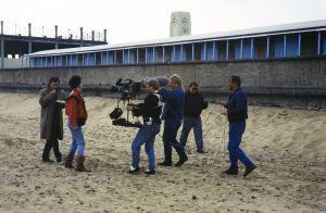 Kuvausryhmä työssä televisiosarja Pakanamaan kartan kuvauksissa Redcarissa, Pohjois-Yorkhiressa Isossa-Britanniassa vuonna 1990.