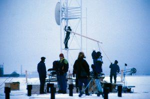 Kuvausryhmä työssä televisiosarja Pakanamaan kartan kuvauksissa Suomessa vuonna 1990.