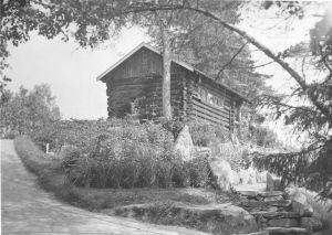 Puutarhurinmökki Hörtsänän arboretumissa Orivedellä, mustavalkoinen arkistokuva, kuva otettu vuonna 1937.